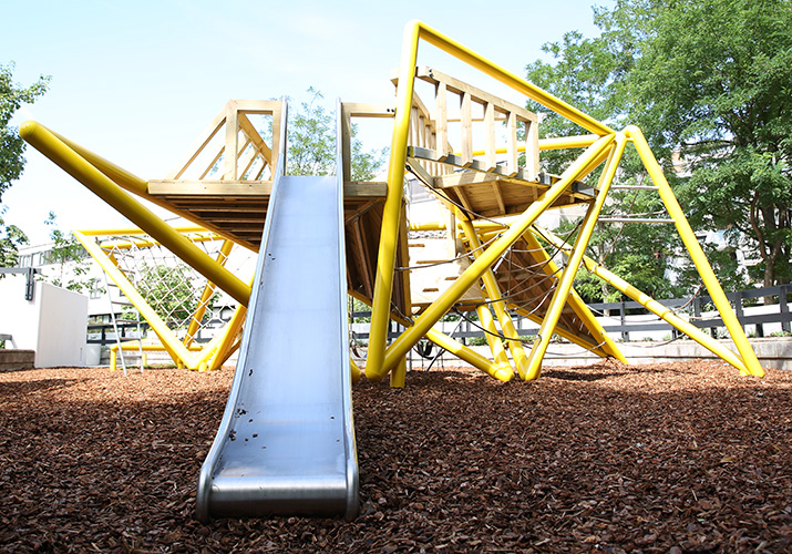 Alexander_road_playground_equipmeny__04779